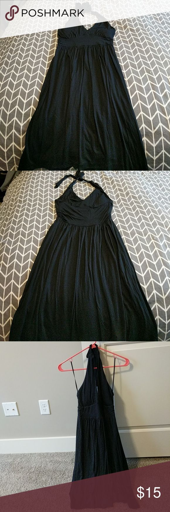 Black Flowy Halter Sundress Black halter sundress. A-line and flowly. Has padding in the cups Banana Republic Dresses