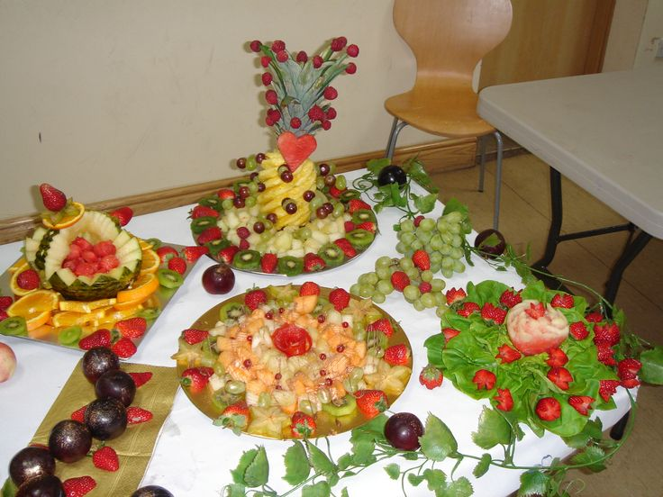 fruit display wedding: dilber