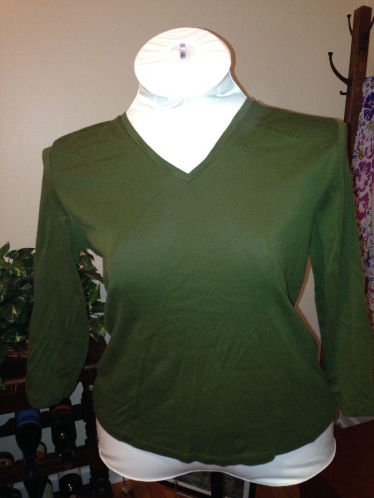Green long sleeve v-neck XL $10 shipped