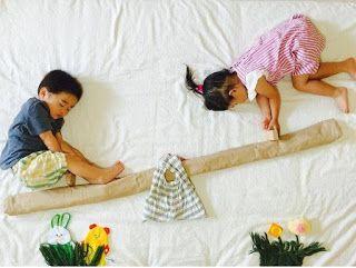 Motherhood: 20 Foto Kreatif Bayi di Atas Kasur! Nomor 18 Grege...