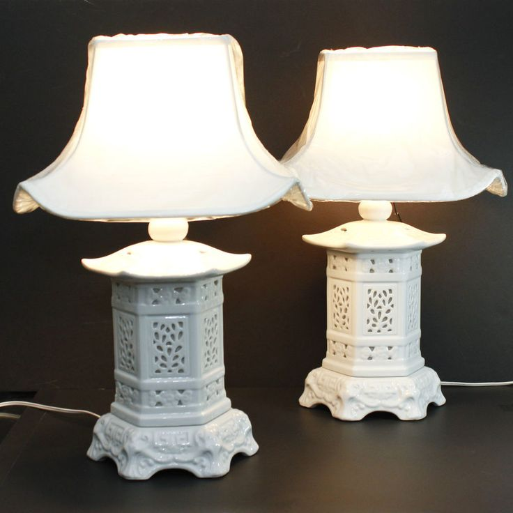 White Pagoda Lamp Set Asian Chinoiserie Hollywood Regency Blanc de Chine