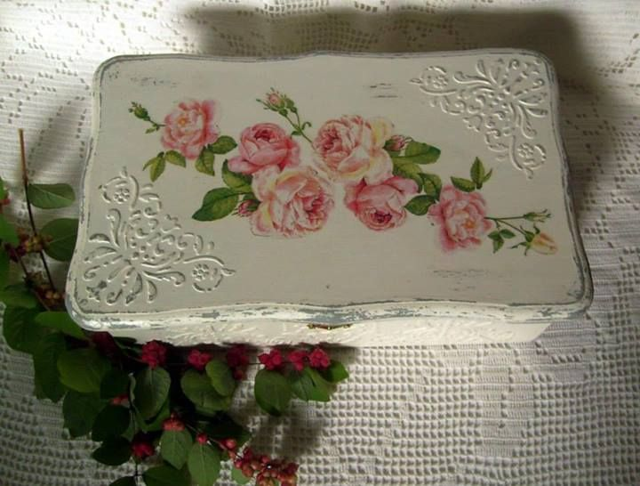 33 best cuadro con textura images on pinterest decorated - Cuadros shabby chic ...