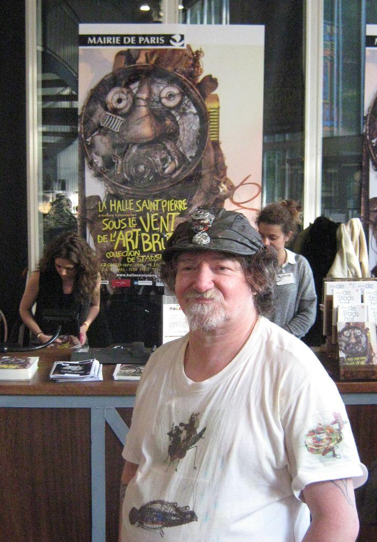Outsider Künstler Markus Meurer am 16.9.2014 in der Halle Saint-Pierre, Paris