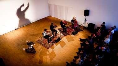 Different Trains av Steve Reich (2011) - Koreografi og dans av Julia Planterhaug - Musikk Arktimus Strykekvartett