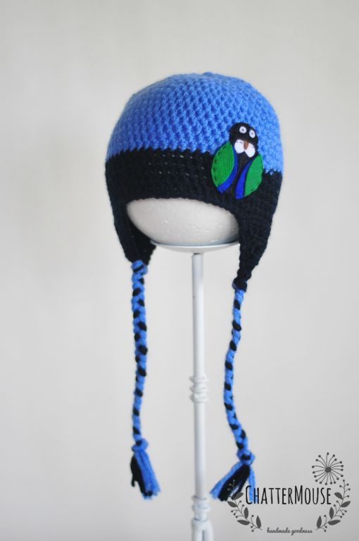 Blue Tui hat | ky blue and navy hat with Tui embellishment - 100% wool hat with felt embellishment - Size Toddler - Can be custom made in different sizes and colour (please note embellishment will be the same as shown)