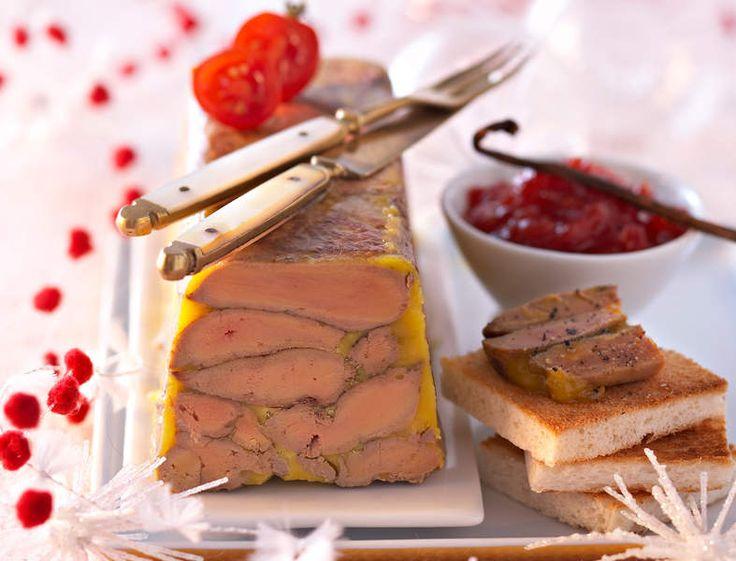 Terrine de foie gras aux épices et chutney de tomates