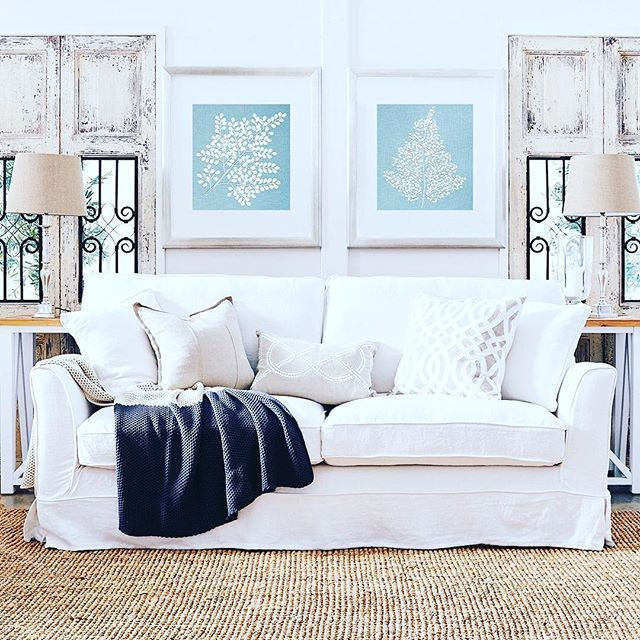 { C O M E B A C K K I D }  Really!  Did Duck Egg Blue ever go out of style?  Check out @duluxaus Bel Esprit - new 2016 colour ... Loving the classic style #duckegg  #dulux @designerboys #interiordesign  #interiors  #sofa #artwork #hamptons #luxe #french_dressing_furniture #interiors #frenchdressing #southhamptonsofa