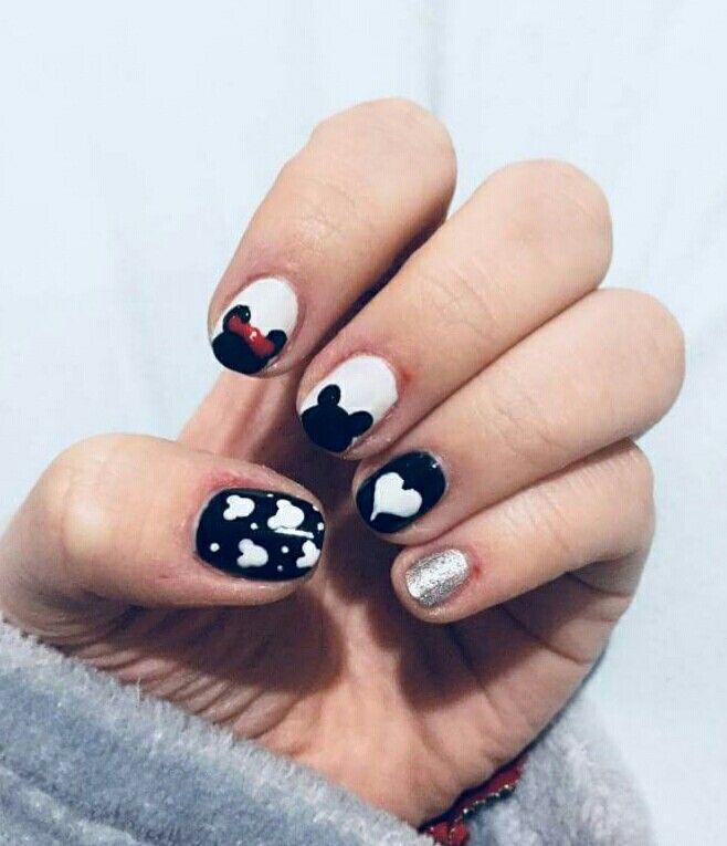 #nails #nail #disneynails #disney #love #cute #pretty #glitter #nailart #naildesign