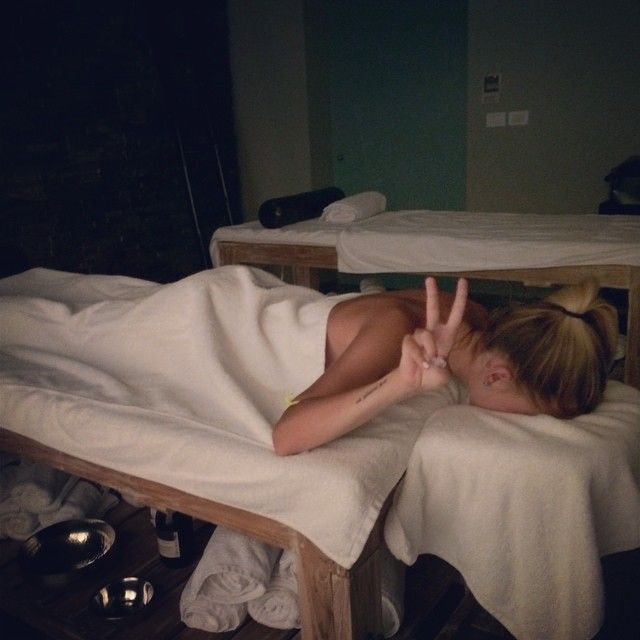 Massage time at #PatmosAktis  Photo credits: @petite_marine12