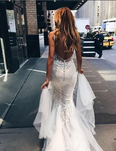 317d6fd5f05 Sexy Chic Wedding Dresses Straps Appliques Sweep Brush Train Backless  Bridal Gown JKW107