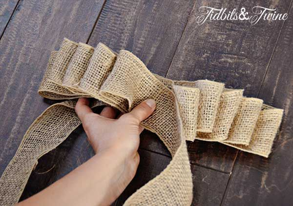 TidbitsTwine How to Make a Bow Step 7 DIY Inexpensive Fall Wreath and Fancy Bow