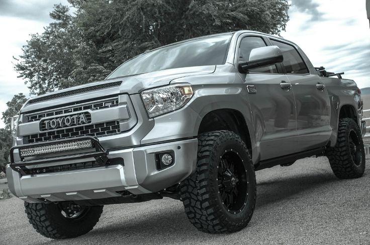 Desert Dawg 2015 Toyota Tundra 1794 Edition CrewMax 4x4_02