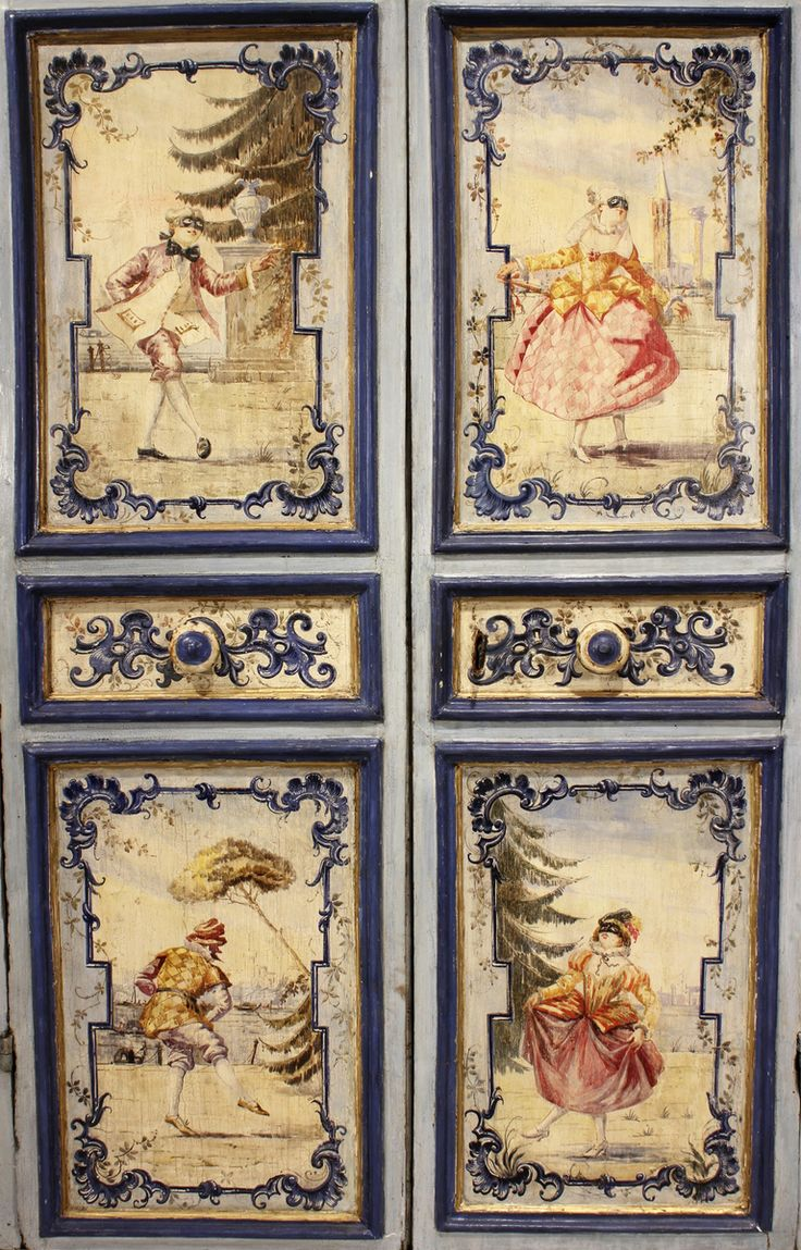 An 18th century Venetian two door painted armoire image 3