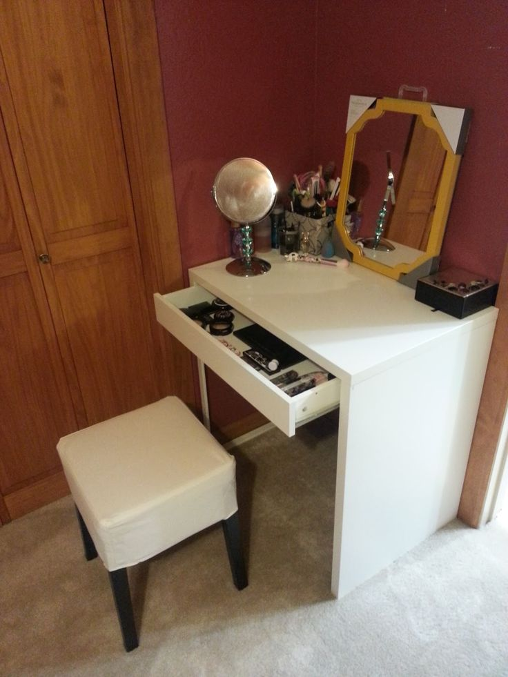ikea micke deskvanity for small master bedroom