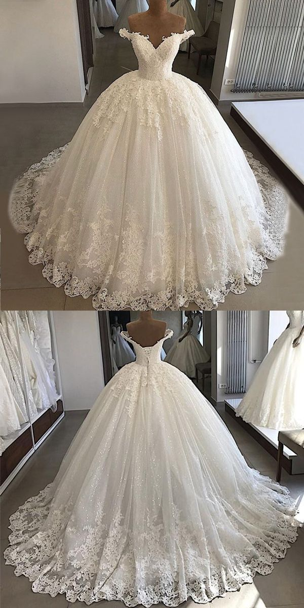 Stunning Tulle Off-the-shoulder Neckline Ball Gown Wedding Dresses With Lace App…