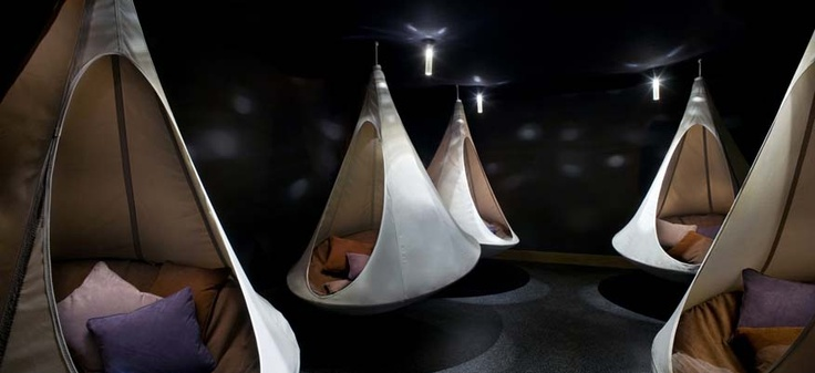 cacoon.caIdeas, Scarlet Hotels, Dreams, Hammocks, Spare Room, Cacoon, Relaxing Room, Places, Meditation Room