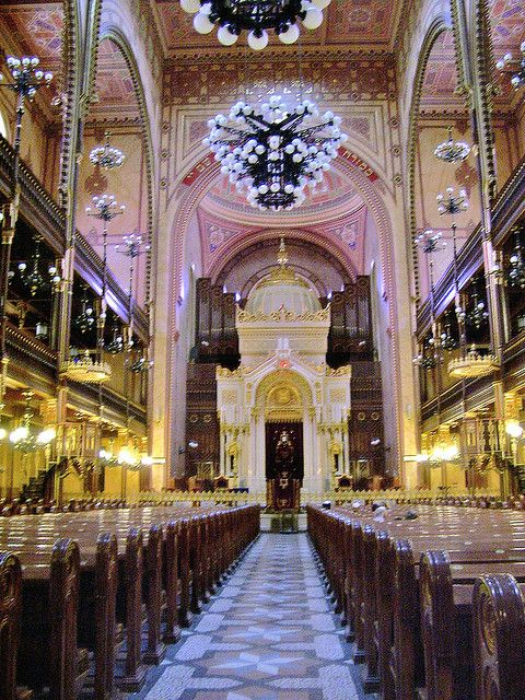 Great Synagogue in Budapest www.facebook.com/loveswish