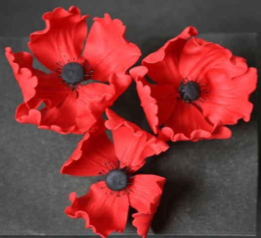 How to make a gum paste poppy flower • CakeJournal.com