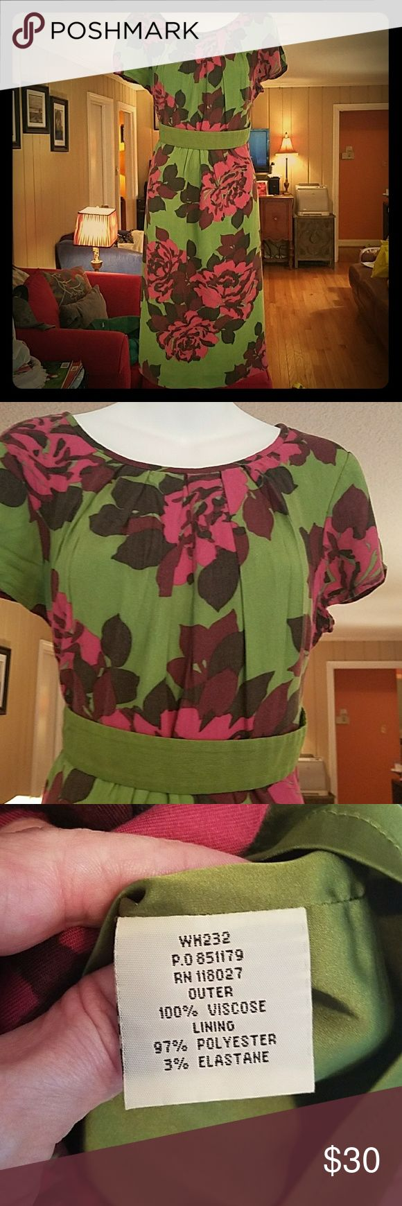 Boden Dress 12L Vibrant green, with pink & maroon accents, fully lined, EUC, smoke free home Boden  Dresses Midi