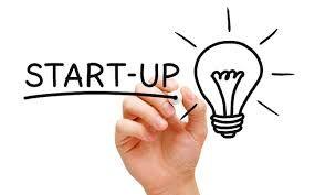 (en Hispanoamérica, compañía startup) se utilizan en el mundo empresarial aplicados a empresas que buscan arrancar, emprender o montar un nuevo negocio, y aluden a ideas de negocios que están empezando o están en construcción, y generalmente se trata de empresas emergentes apoyadas en la tecnología