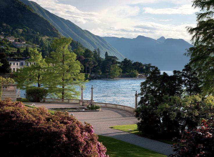 Emilio Trabella, paesaggista botanico, racconta l'unico vero giardino romantico del Lago di Como: quello di Villa Melzi voluto da Francesco Melzi a fine 700.
