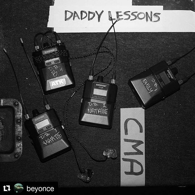 #Repost @beyonce #CMAawards50 ・・・ Daddy Lessons ft. Dixie Chicks www.beyonce.com