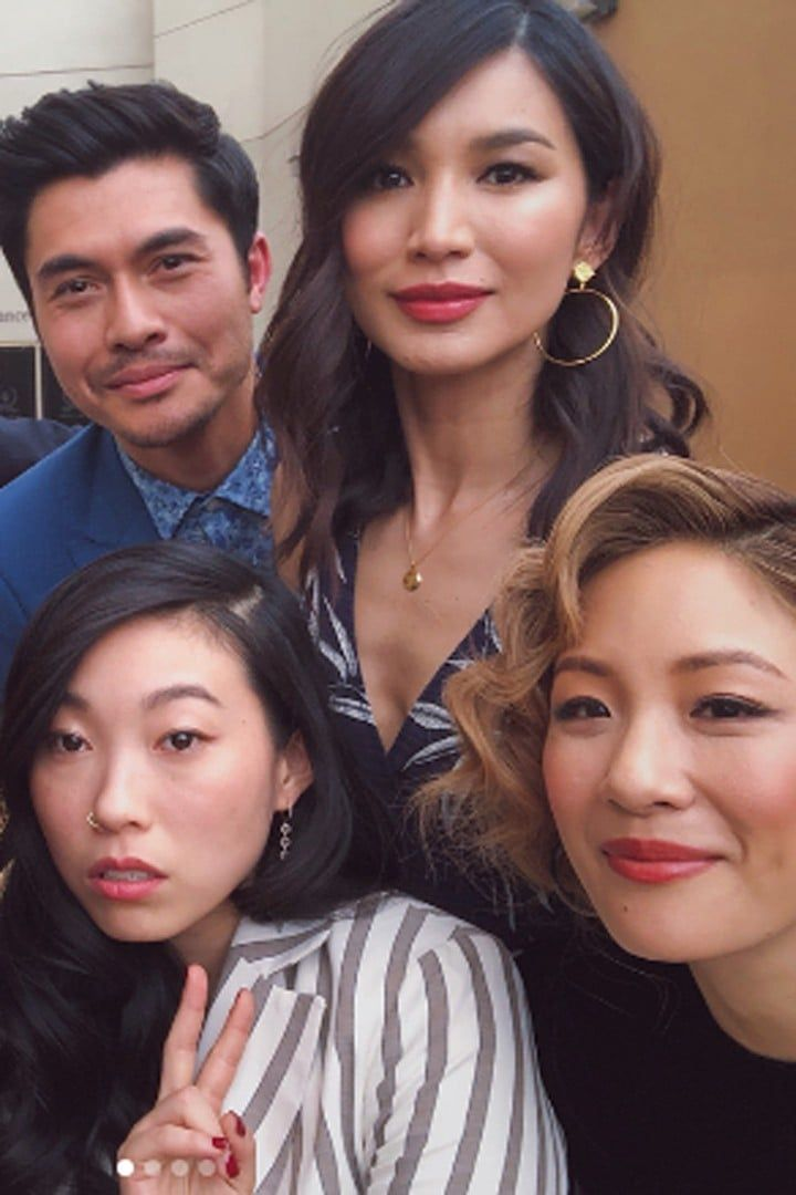 The Cast Of Crazy Rich Asians Are Even Closer Than Their