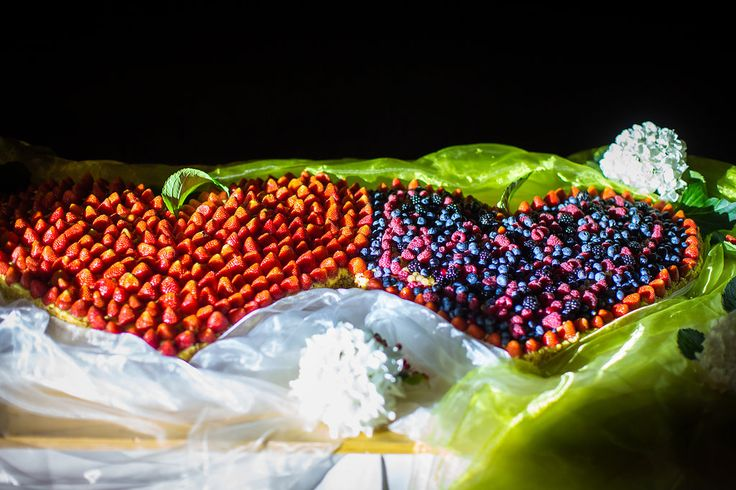 Hochzeitstorte mit Früchten