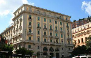 Fino a ottobre 2014 Romeo Gestioni ha l'incarico di occuparsi del patrimonio pubblico di Roma e ha appena presentato un piano per ottimizzare le dismissioni di una parte dei 29.588 beni immobiliari di proprietà del Comune, e d'altra parte valorizzare gli altri per poterne trarre più risorse.