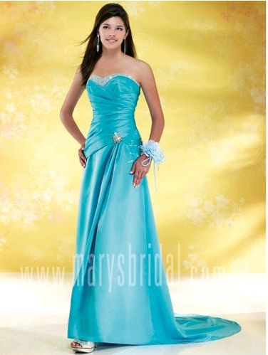 Astra Formal - Kiss Kiss 3647 | 14 Black | 18 Red | 20 Red | 20 Violet