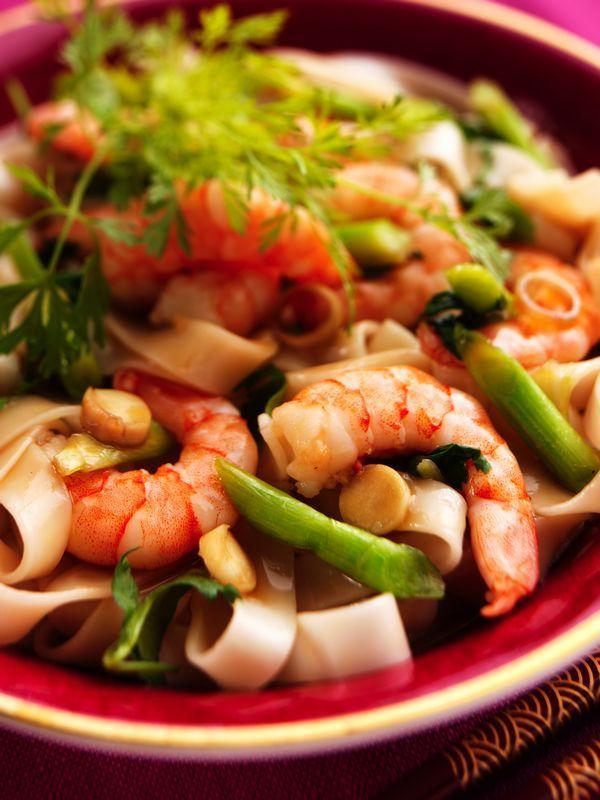 Salade : recette salade crevettes, avocat et tagliatelles