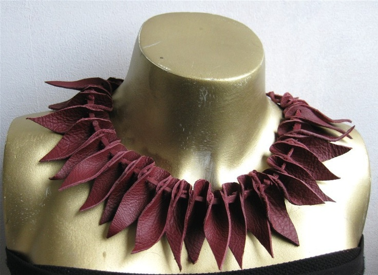 this would look better in black dyed latigo that had been soaked and sculpted.