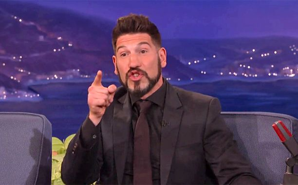 Daredevil: Punisher, Jon Bernthal, reveals intense fan encounter on Conan | EW.com