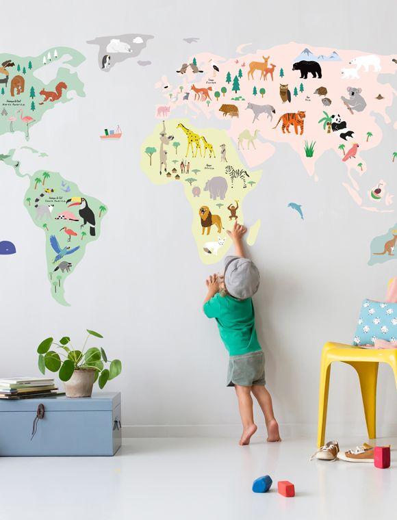 Wandtattoos Weltkarte von MIMI lou   – Teddy & Eleonora
