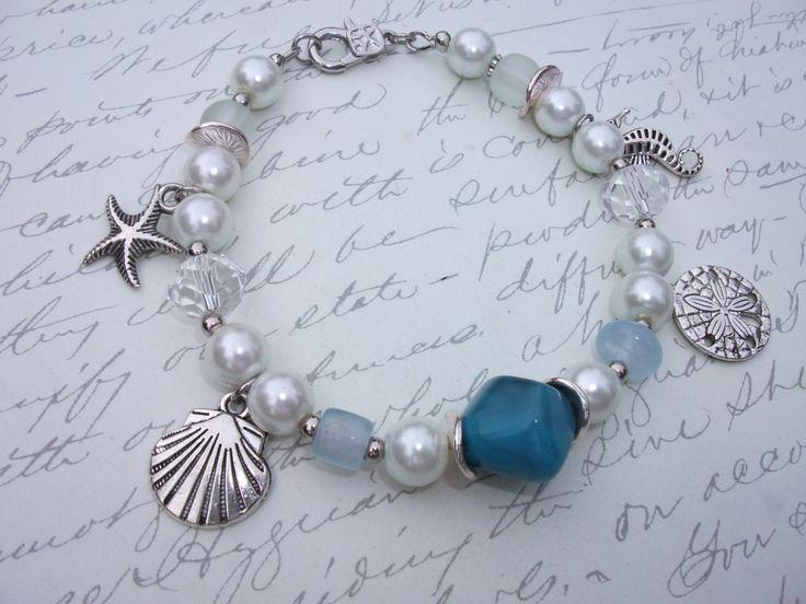 Ocean theme pearl bracelet de la boutique BijouxdeBrigitte sur Etsy