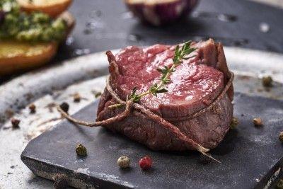 Érlelt marhabélszín steak Rendelés: http://gourmetbox.hu/shop/sous-vide-husok/erlelt-marhabelszin-steak/
