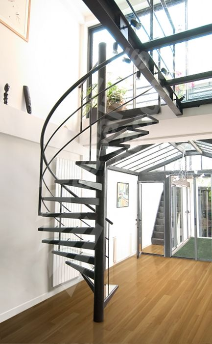 1000 ideas about escalier en verre on pinterest stairs garde corps and garde corps en verre. Black Bedroom Furniture Sets. Home Design Ideas