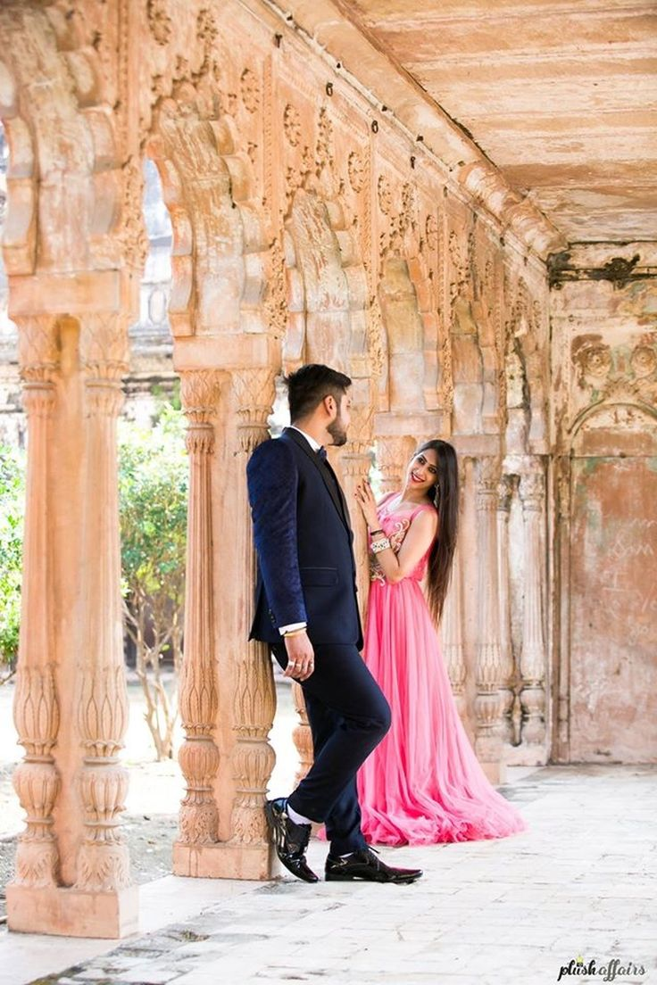 Apoorva dressed up in Pink gown and Amit in Black and white three piece suit for their pre wedding shoot | weddingz.in | India's Largest Wedding Company | Wedding Venues, Vendors and Inspiration | Indian Wedding Bridal Jewellery Ideas |