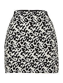 Leopard skirt with elastic waist  www.rokii.co.uk