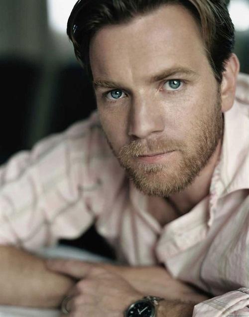 Ewan Macgregor lovey eyes