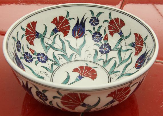 Iznik bowl 16 cm Red and Green Floral design van IznikNL op Etsy