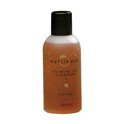 GNLD Foaming Gel Cleanser 2 (Kombinált vagy zsíros bőrre) 150 ml Kímélő hatású tisztító gél, mely gyengéden, de hatásosan távolítja el a sminket, a koszt és a felszíni szennyeződéseket.