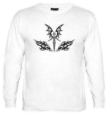Demonio Tribal Negro, camiseta manga larga hombre  http://www.latostadora.com/rockenportada/demonio_tribal_negro_camiseta/681095