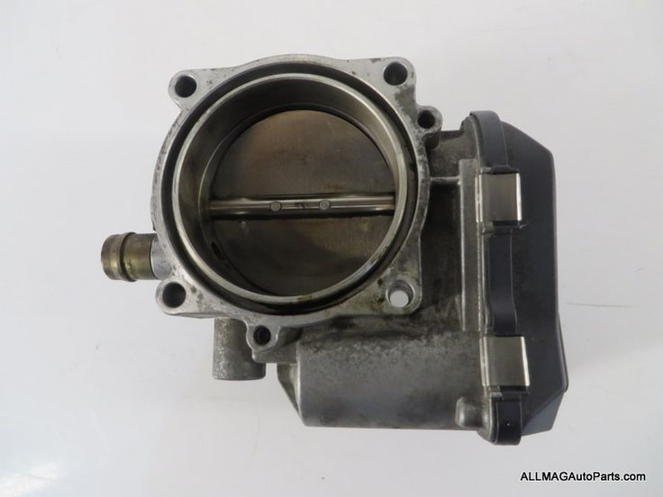 2007-2016 BMW 135 335 Z4 Throttle Body Valve Housing 29 13547556119