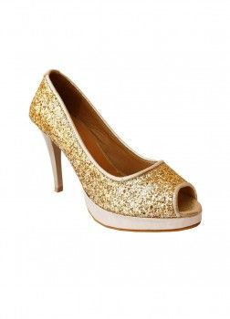 www.madeinmyindia.com | get latest updates on footwear with exclusive discounts . Hurry grab offers now :) <3