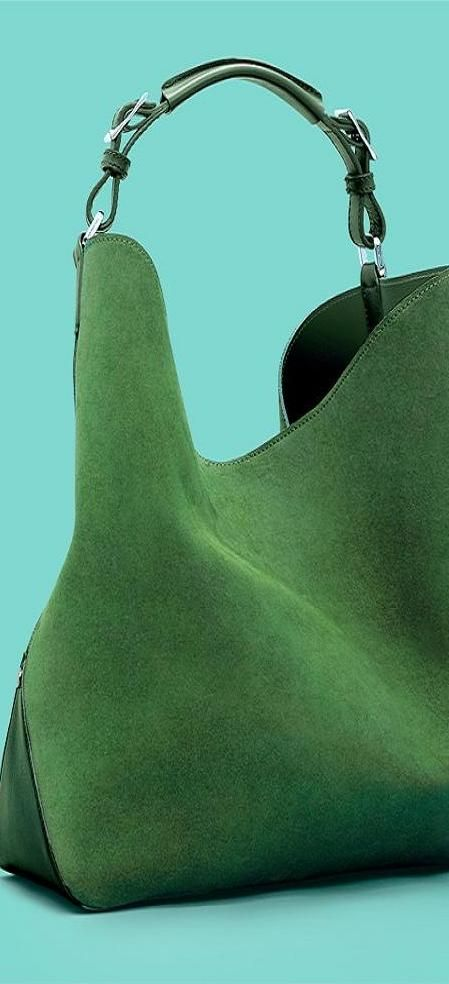 Best 25  Green handbag ideas only on Pinterest | Hunter outlet, Lv ...