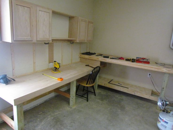 1000 Ideas About Garage Workbench On Pinterest Workbenches Workbench Organization And Garage