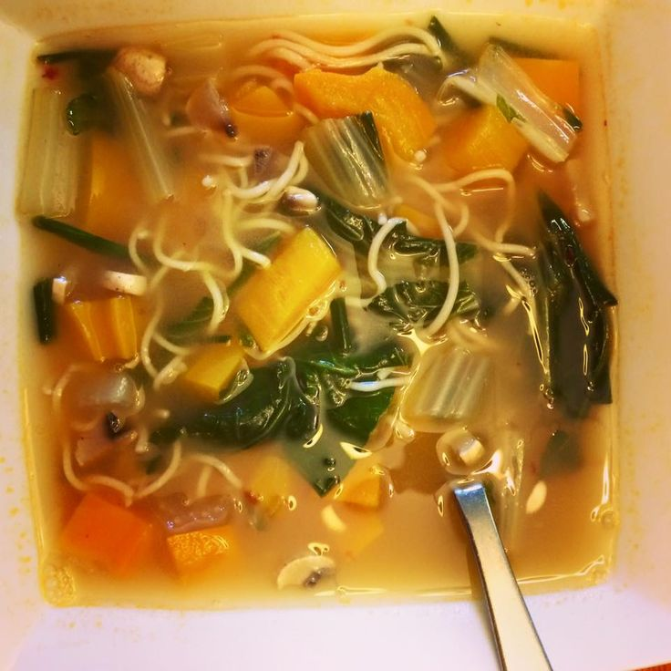 My 10 minute hot and sour soup