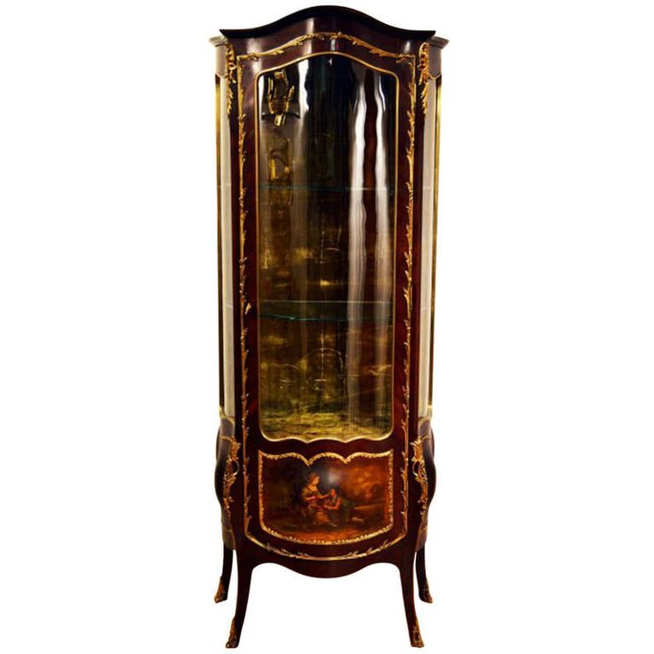 1stdibs | Antique Elegant Vernis Martin Display Cabinet c ...