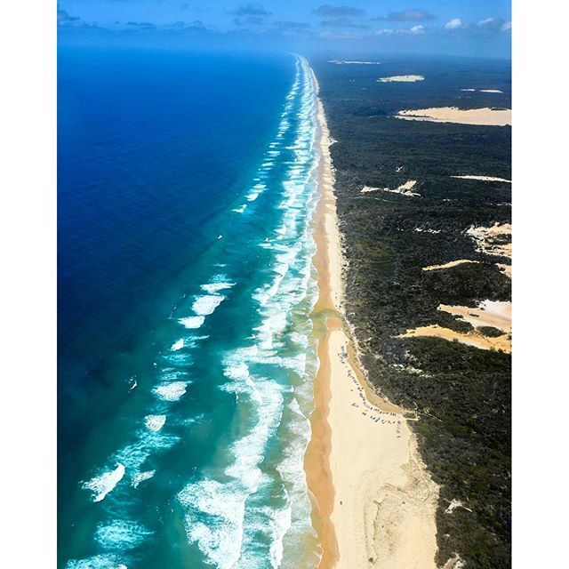 The white sands of the Fraser Coast stretch for miles and are a gorgeous sight to behold from up above. #thisisqueensland by @heidi.vandemeer